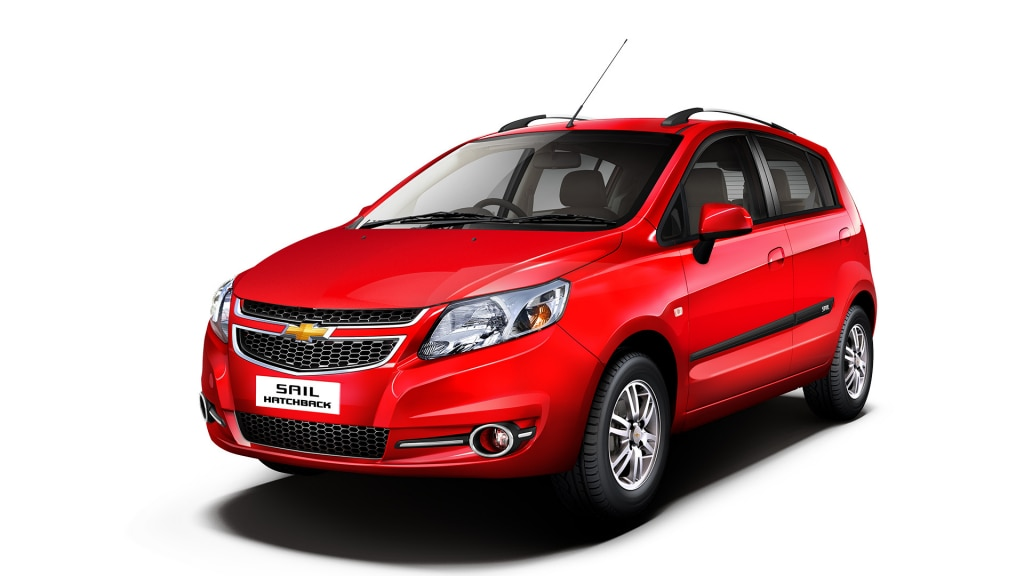 Chevrolet SAIL Hatchback Colour Super Red