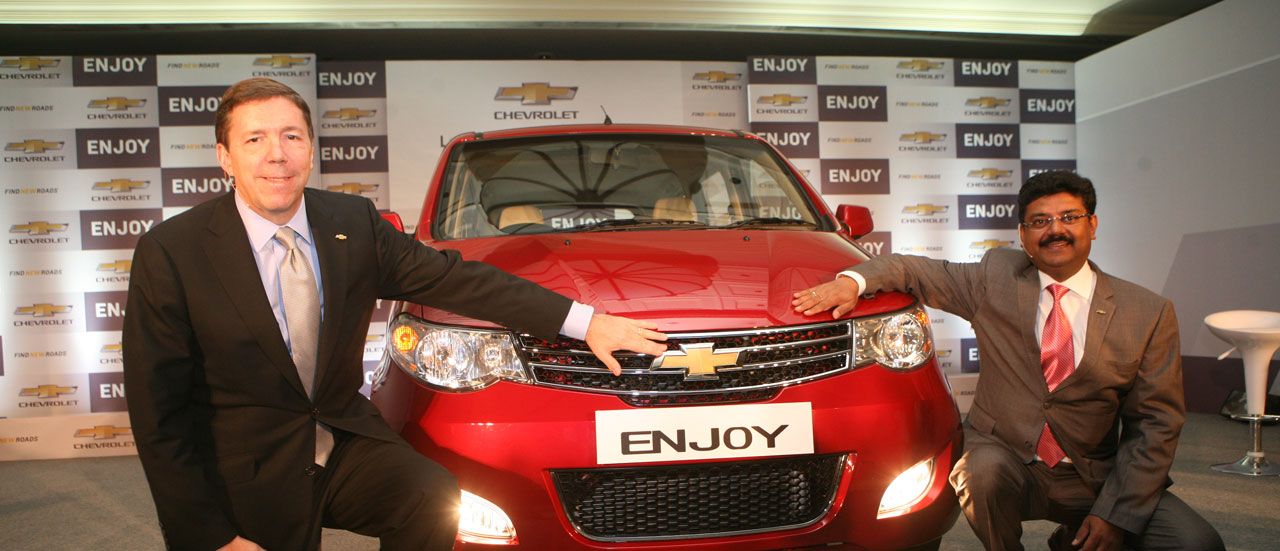 Gm India Launches Chevrolet Enjoy Premium Mpv