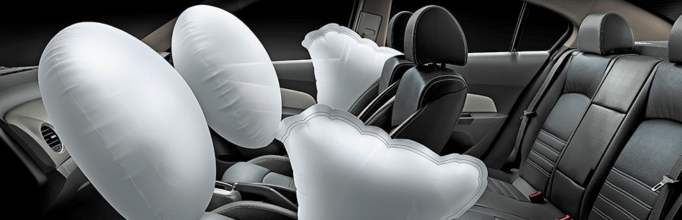 4 Airbags for enhanced safety.